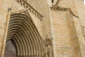 Entrance and bell Valderrobres