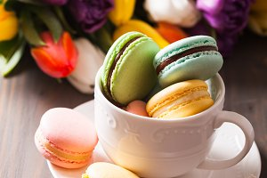 Color macaroons in a cup