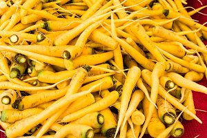 yellow carrots at the market