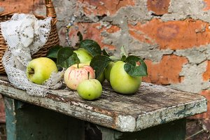 Organic apples. Fresh  in nature