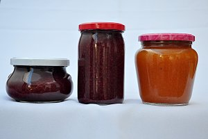 jam jars, raspberry and peach