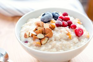 Breakfast oats porridge bowl