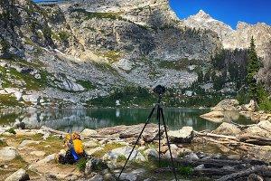 Photographing Amphitheater lake