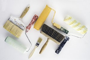 Painter brushes and rollers