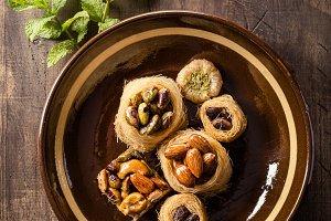 Delicious arabic nests