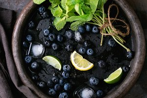 Blueberries lemonade with ingredients