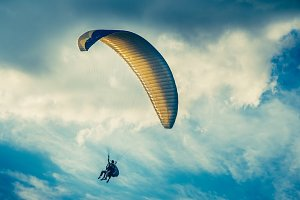 Paragliding extreme Sport