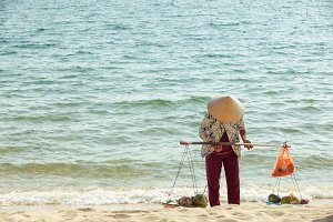 Vendor on the beach, Phu Quoc