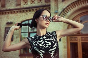 Fashion model woman in sunglasses