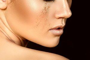 Golden makeup.