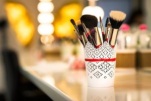 Brushes for make-up