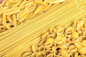 shapes of Italian pasta