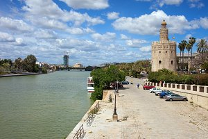 Guadalquivir River and Torre del Oro