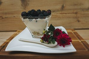 Raspberries on yoghurt flower decor