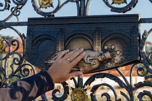 Making wish in Prague