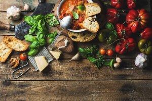 Italian roasted tomato & garlic soup