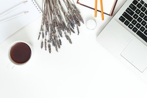 CLEAN! Women's workspace in white