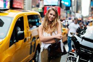 girl in New York street
