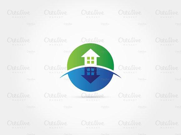 Shadowed Green Home Logo