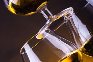 Brandy glass pyramid