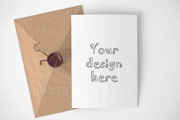 Braun kraft envelope/card mockup in Print Mockups