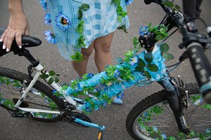 Bicycle decorated lady