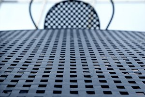 Metal wicker table and chair