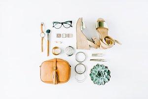 Clothes & accessories arrangement