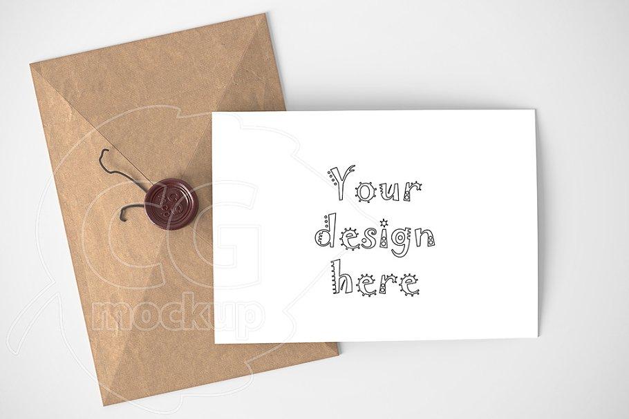 Horizontal card/envelope mockup