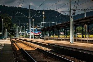 CFR train