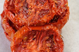 pile of dried tomatoes