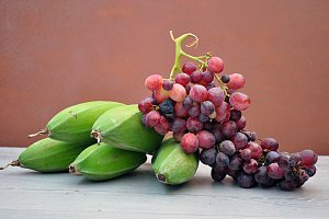 red grapes and plantain