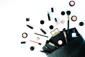 Creative cosmetics arrangement