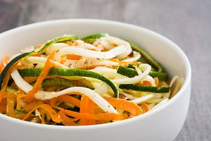 Carrot and zucchini noodles