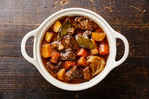Beef meat stewed with potatoes