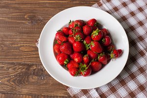 strawberries on the white plate