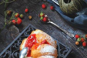 bun with homemade strawberry jam