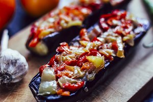 Baked vegetable-stuffed eggplant
