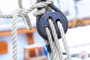 Ropes and fixing arrangements