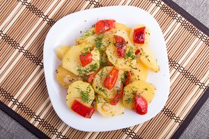Potato stew with vegetables