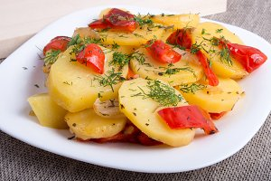 Slices of stewed potatoes
