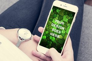 iPhone Screen Mock-up 11