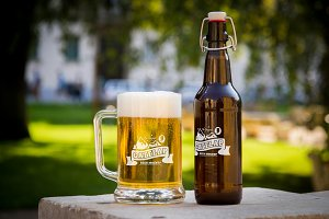 Beer Mockup #8