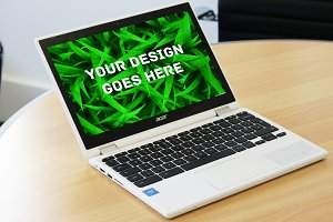 Laptop Screen Mock-up 1