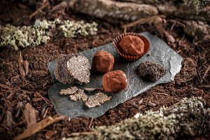 Pralines with truffle