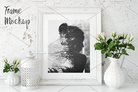 Download Vintage Frame Mockup