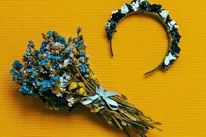 hair accessory. Wreath.
