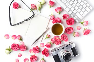Vintage camera pink roses and note