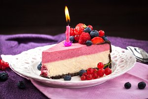 Delicious raspberry cheesecake