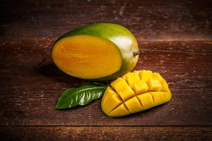 Delicious ripe mango fruit